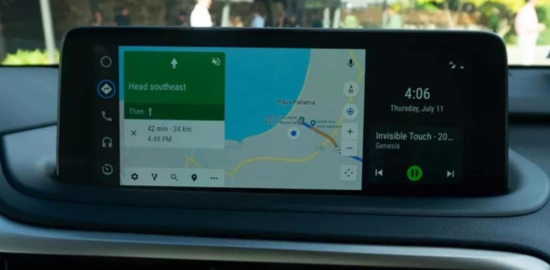 Android Auto Starts Rolling Out Split-screen Support for Vehicles With Wide-screen Displays