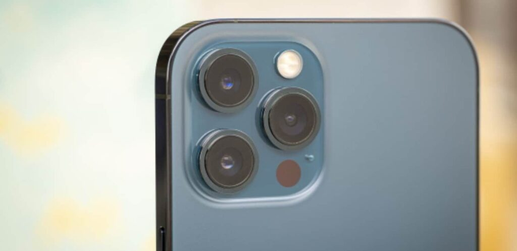 Ming-Chi Kuo: 2023 iPhones Will Feature 'Periscopic' Telephoto Lens