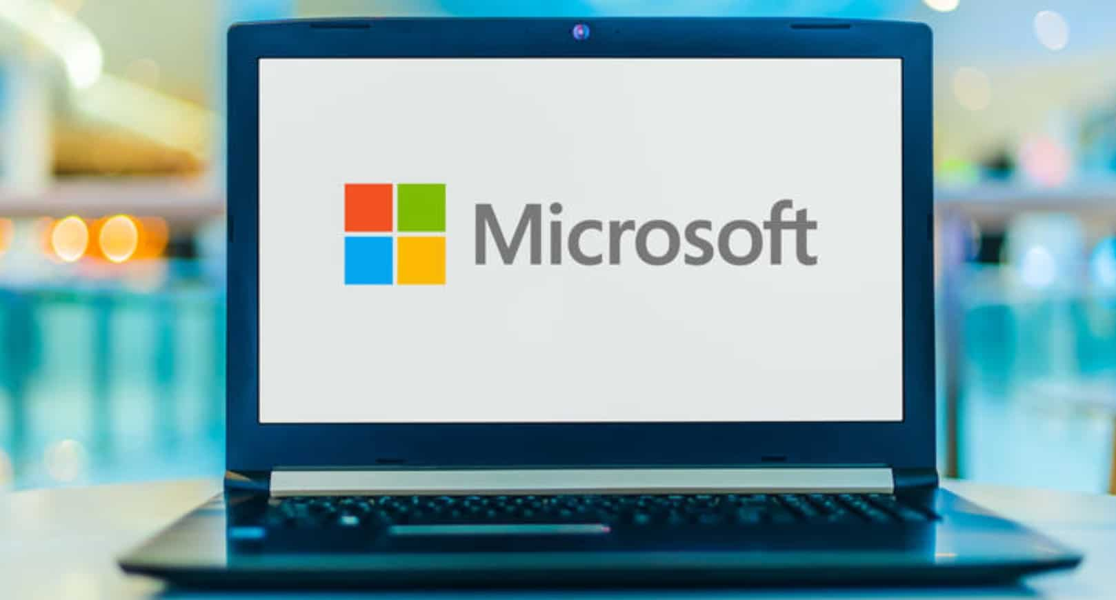 Microsoft Hit By a Massive Hack, Thousands of Users' Data at Risk