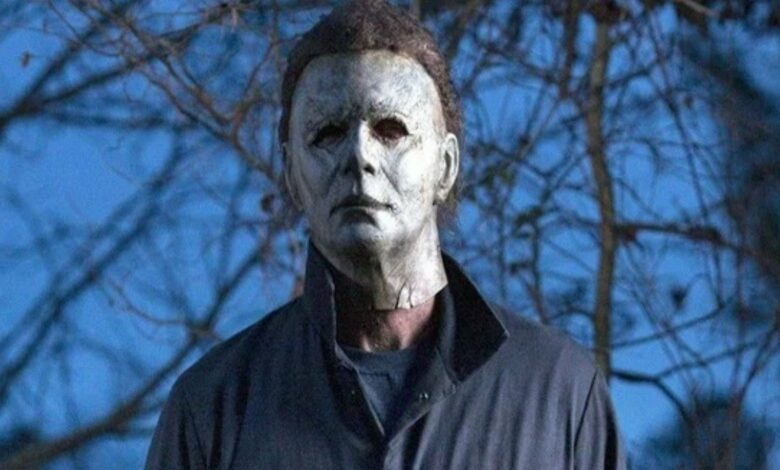 A new image from Halloween Kills shows Michael Myers burnt face mask