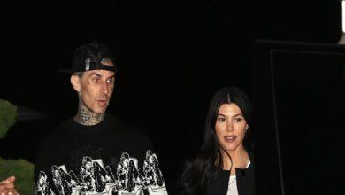 """Kourtney Kardashian tattoos beau Travis Barkar """"I Love You"""""""