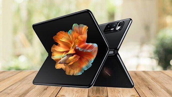 Xiaomi is preparing to launch two foldable phone namely Xiaomi J18s & K8 that will have an in-display fingerprint scanner. Some of the key specs leaks recently.