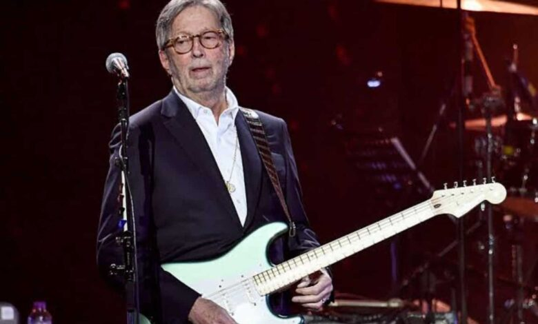 Eric Clapton Feared He Would 'Never Play Again' After 'Disastrous Reactions' to AstraZeneca Jab, Blames Vaccine 'Propaganda' for Side Effects