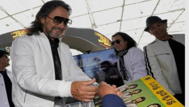 Los Bukis reunite after 25 years for a concert tour