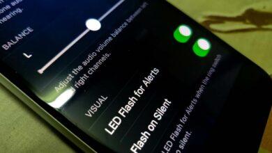 enable LED flash notification on iPhone